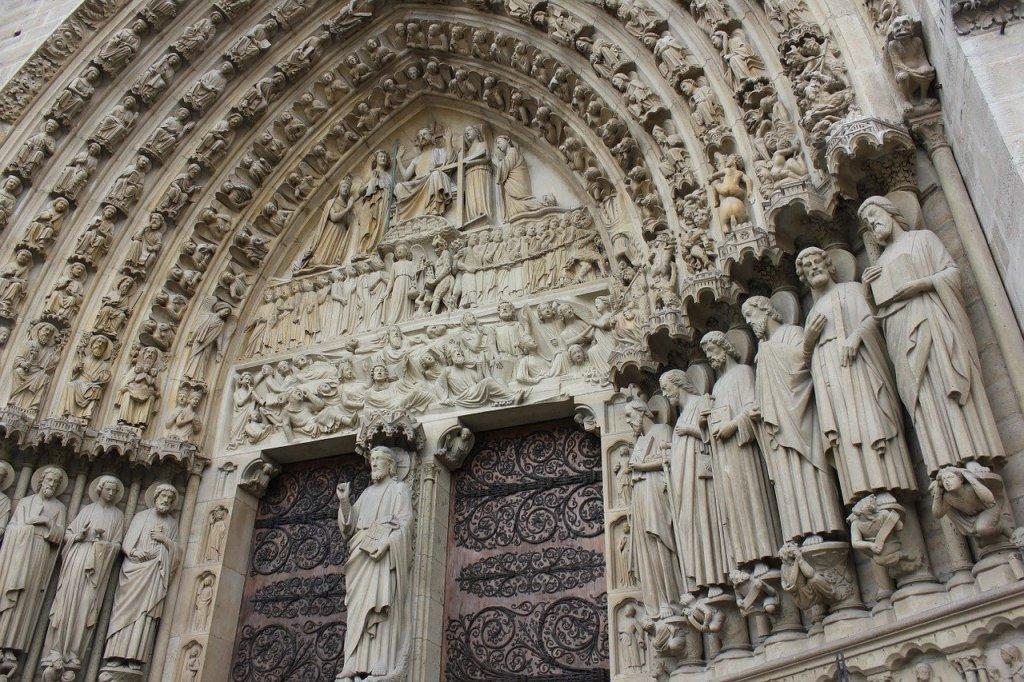 Puerta de Notre Dame, Paris